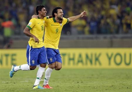 هدف باولينيو يصعد بالبرازيل إلى نهائي كأس القارات